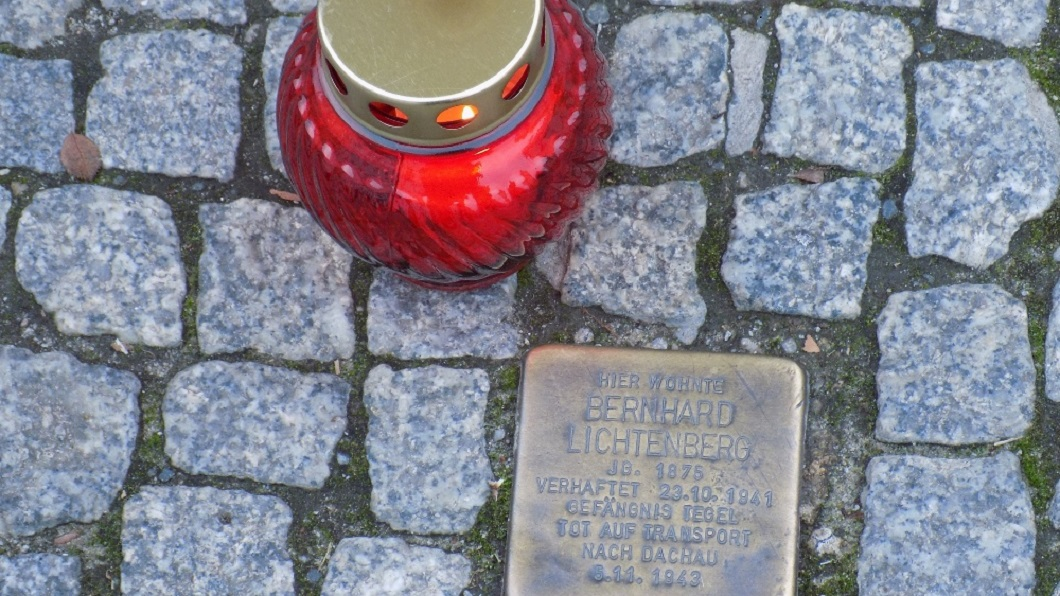 Dankgottesdienst zum 25. Jahrestag der Seligsprechung von Bernhard Lichtenberg
